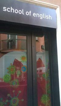 Puerta Comercial Kids&Us